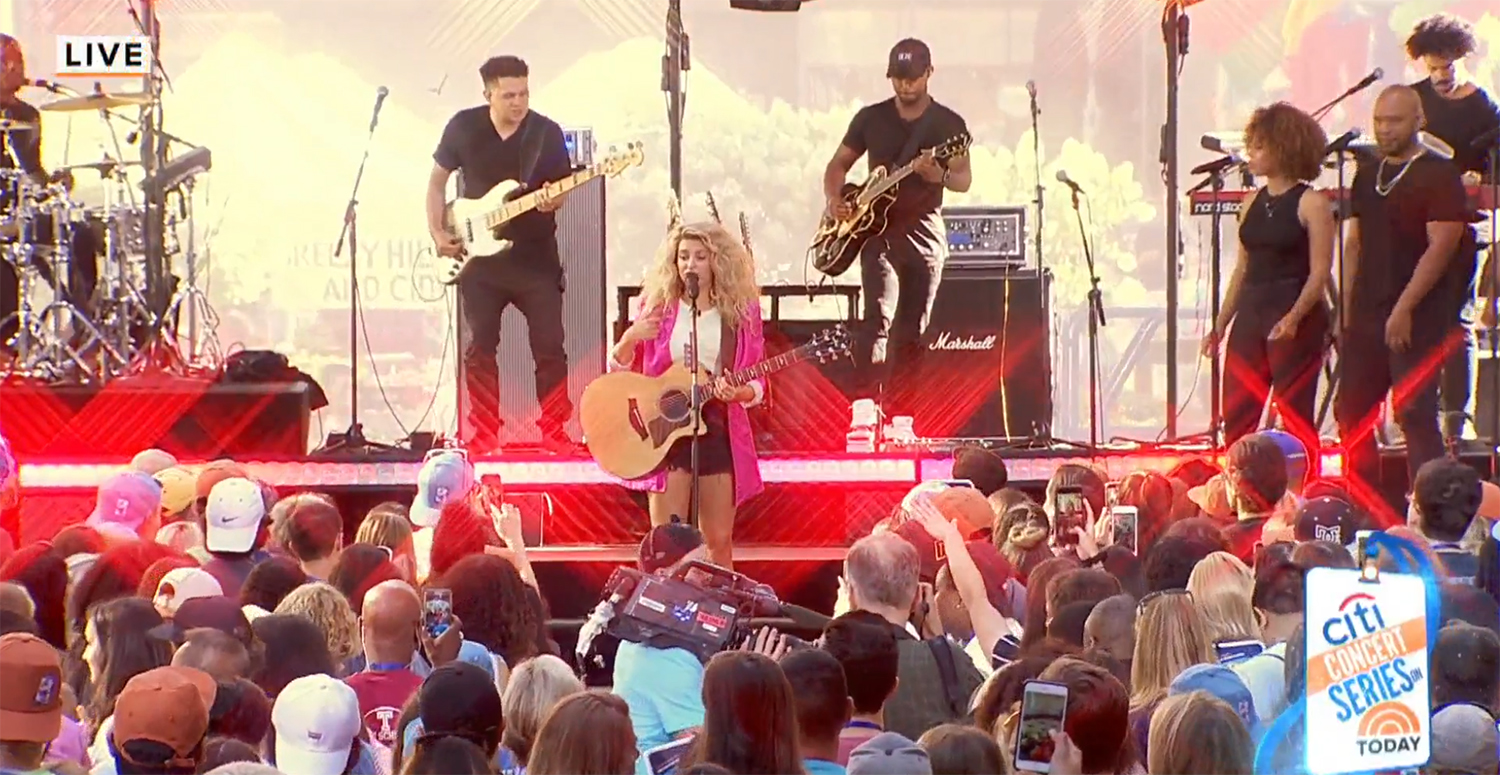 Tori Kelly Takes the 'Today Show' Stage for 'Language'; Guitarist Chris Payton Debuts New Gretsch